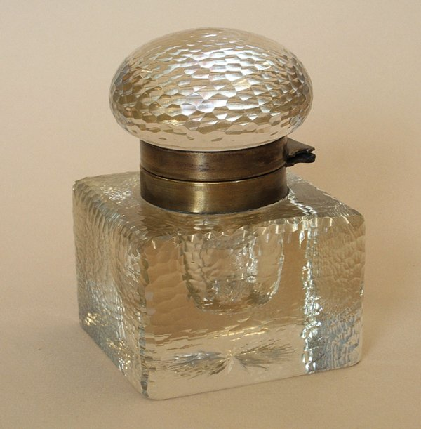 17A: LARGE WHEEL-CUT GLASS INKWELL, 1890s