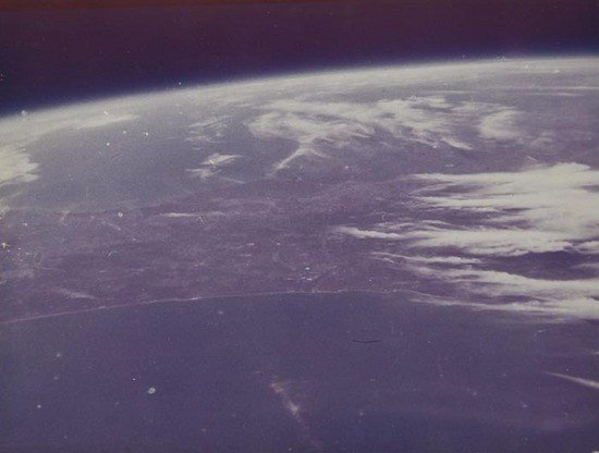4: John Glenn The first photograph from Space, Florid