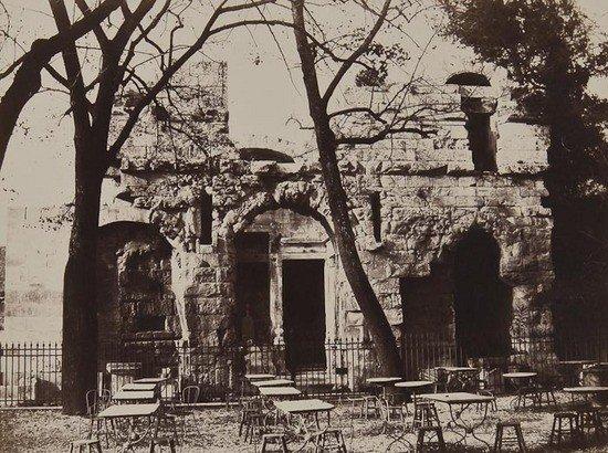 3: Édouard Baldus (1813-1889) Temple de Diane, Nimes