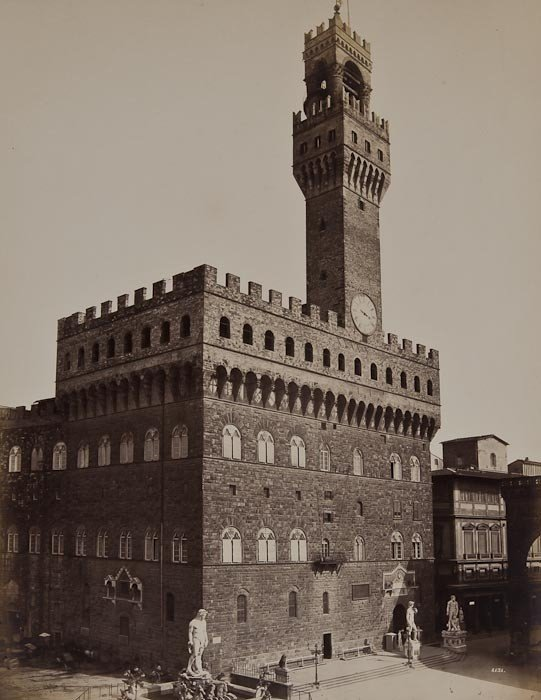 21: Fratelli Alinari Views of the Palazzo della Signor