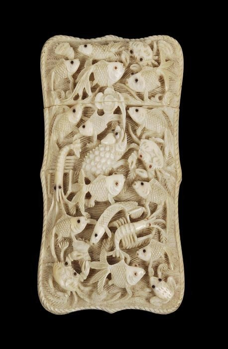 570: A Chinese ivory shaped rectangular card case, Cant