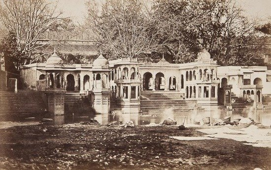 17: Dr John Murray (1809-1898) Bathing Ghats, Delhi, c
