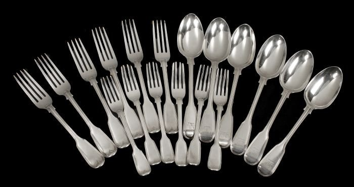 13: A Victorian set of six of table spoons, table fork