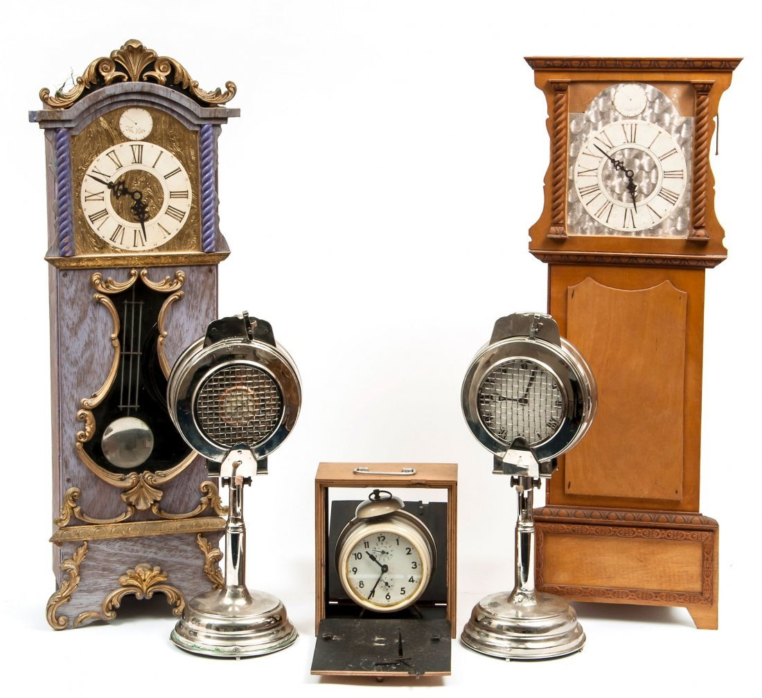 Clocks. A collection,
