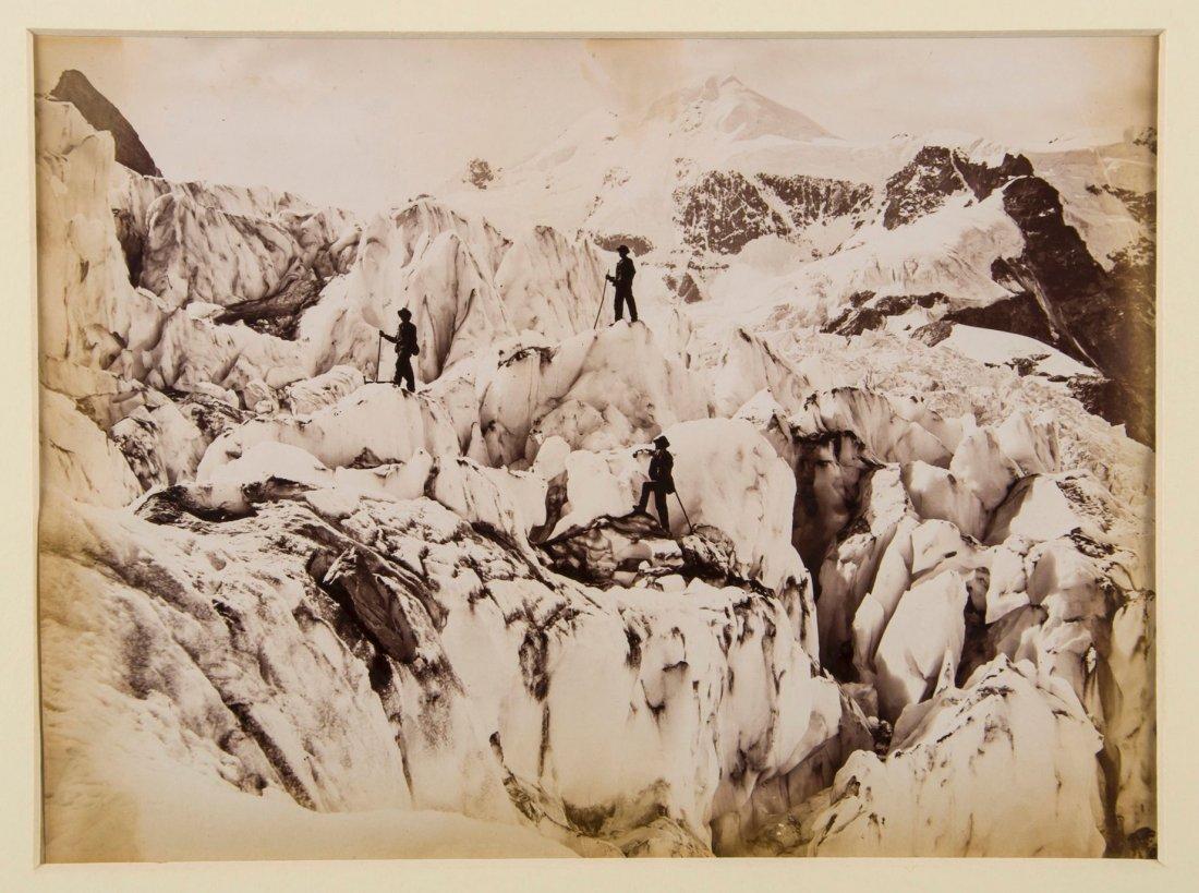 Mountaineering.- Smythe (Frank S.) - 'Sunshine and Mist