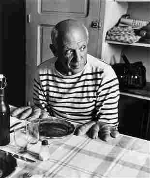 Robert Doisneau (1912-1994) - Les Pains de Picasso,