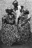 Seydou Keïta (1921-2001) - Untitled (The Girls