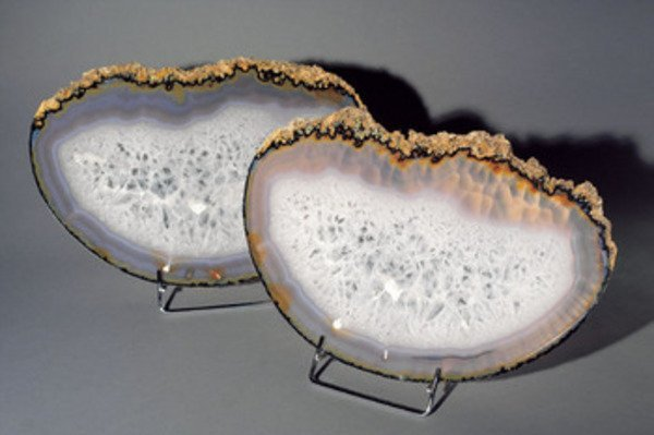 99A: A PAIR OF AGATE SLICES, Brazil