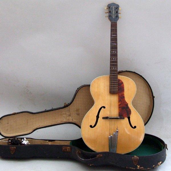 349: Hofner 1958 / 59 Senator guitar   serial number 83