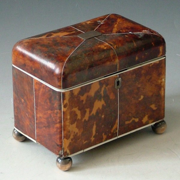 471: Tortoishell tea caddy