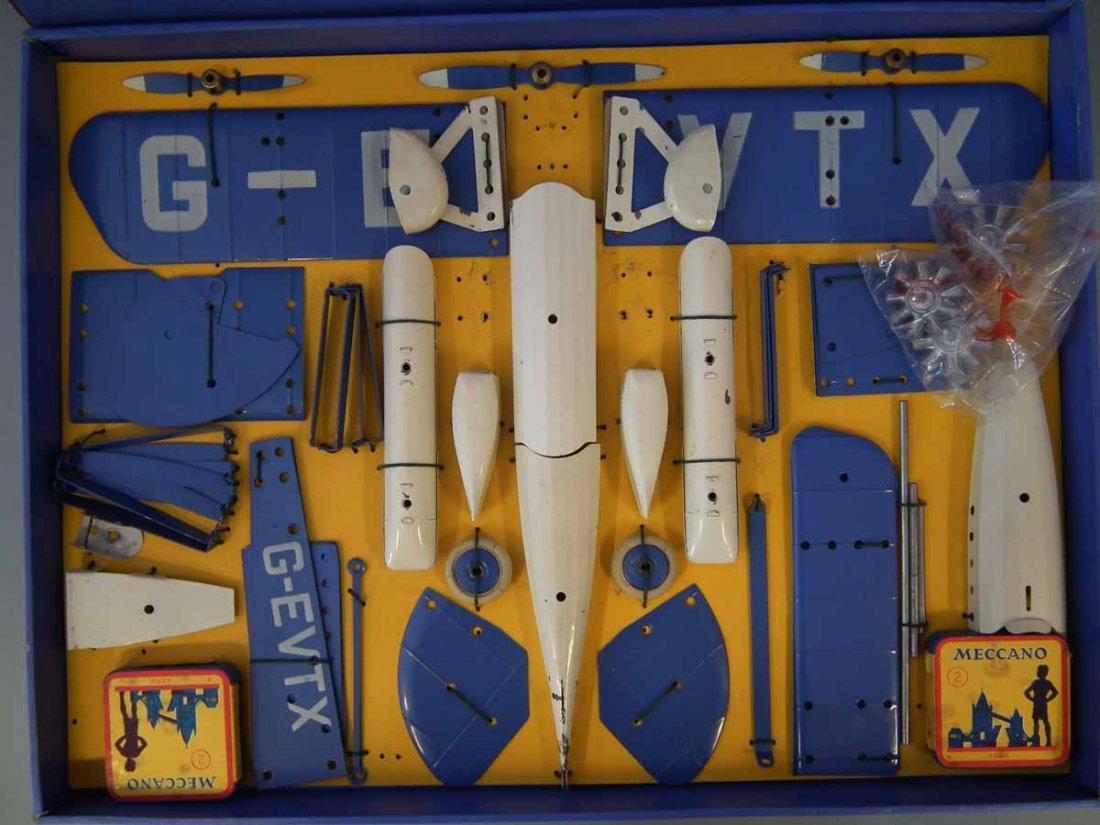 Meccano Aeroplane Constructor Set 2  with original box. - 3