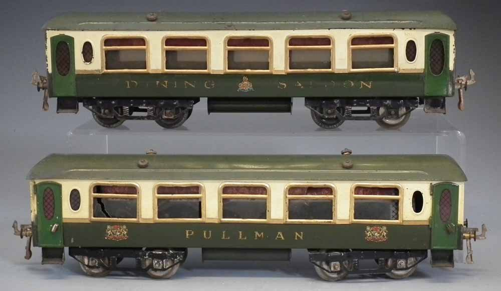 Two Hornby O Gauge tinplate Pullman coaches,   one of
