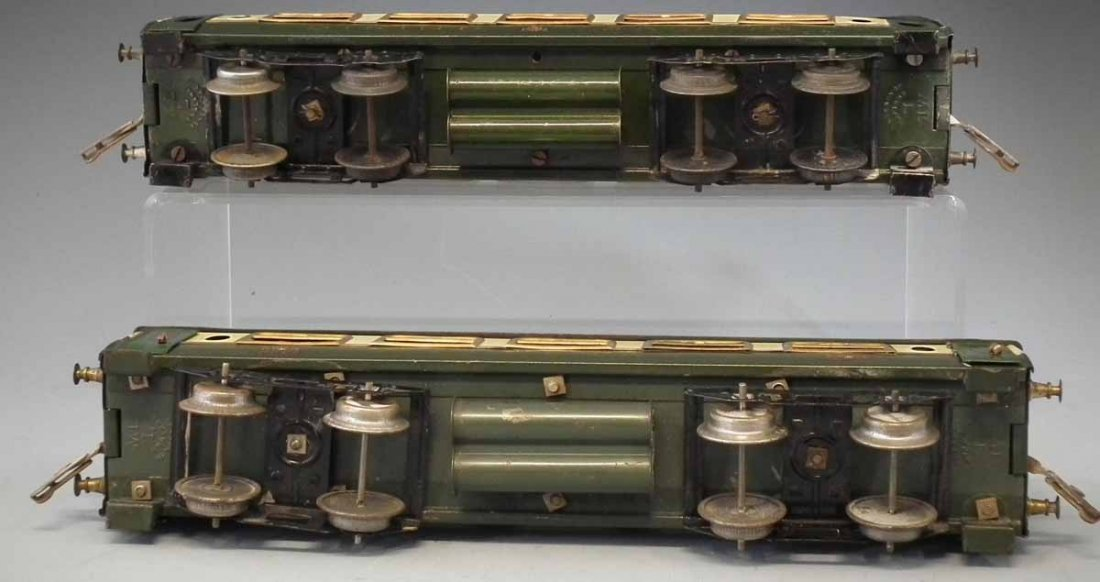 Two Hornby O Gauge tinplate Pullman coaches,   one of - 4
