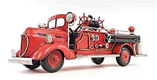 ?RED FIRE ENGINE FORD 1:40-SCALE