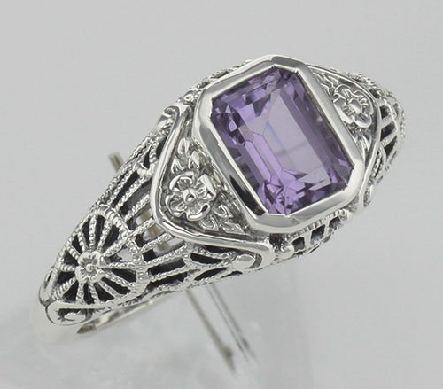 Antique Style Amethyst Filigree Ring with Flower Design