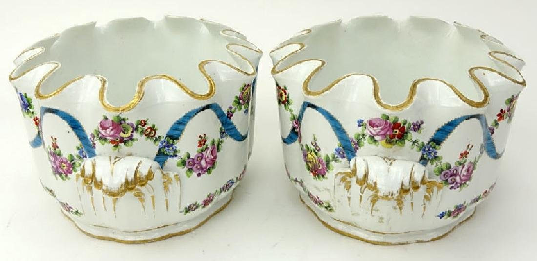 Pair of 18/19th Century French Porcelain Monteiths. - 3