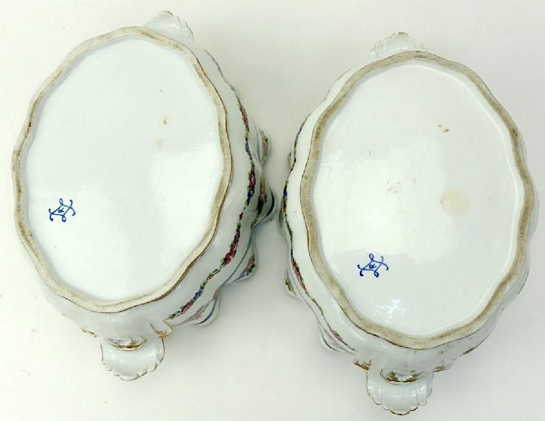 Pair of 18/19th Century French Porcelain Monteiths. - 4