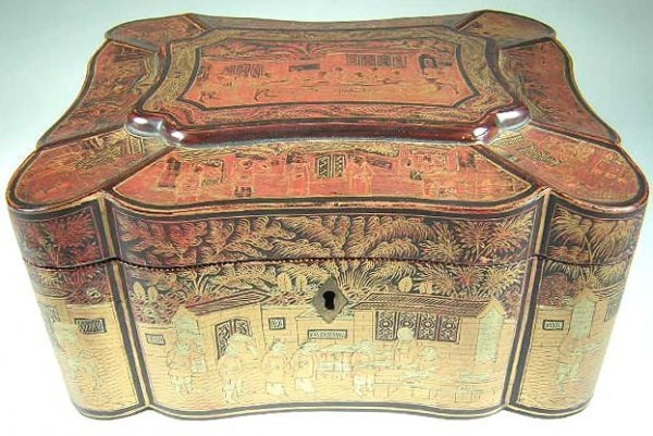 10: Chinese Lacquer Chinoiserie Hinged Box w/ Lock. No