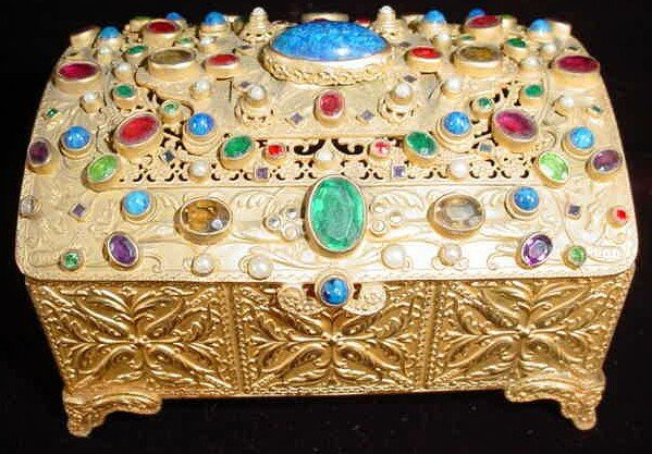 12: Vienna Gilt Bronze Lidded Box Profusely Decorated w