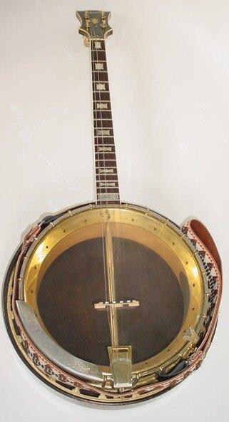 16: 1962 4-String Gibson Mastertone TB-250 Tenor Banjo