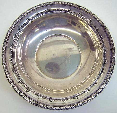"""508: Wallace Sterling Silver Bowl in the """"3552"""" Pattern"""
