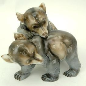 Rosenthal Germany-Kunstabteilung Selb Bear Porcelain