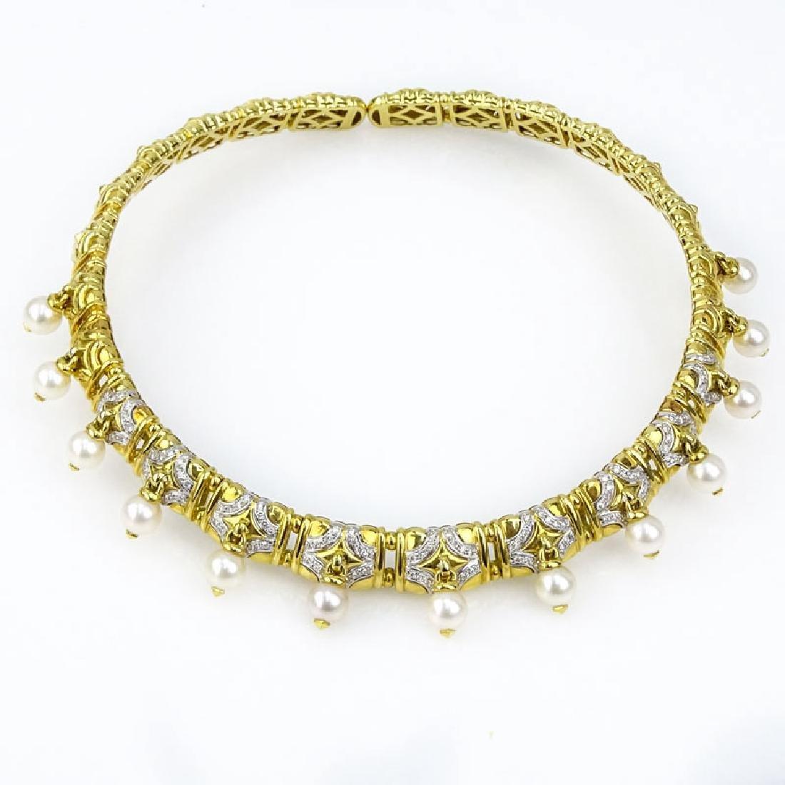 Vintage Bulgari style Heavy 18 Karat Yellow Gold, Pave