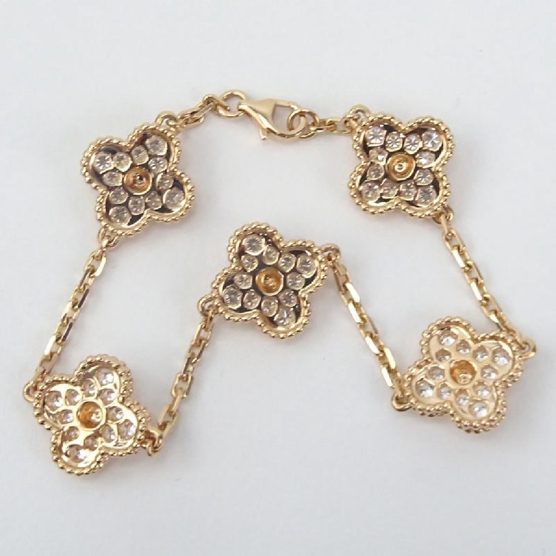 Van Cleef & Arpels style Diamond and 18 Karat Rose Gold - 3
