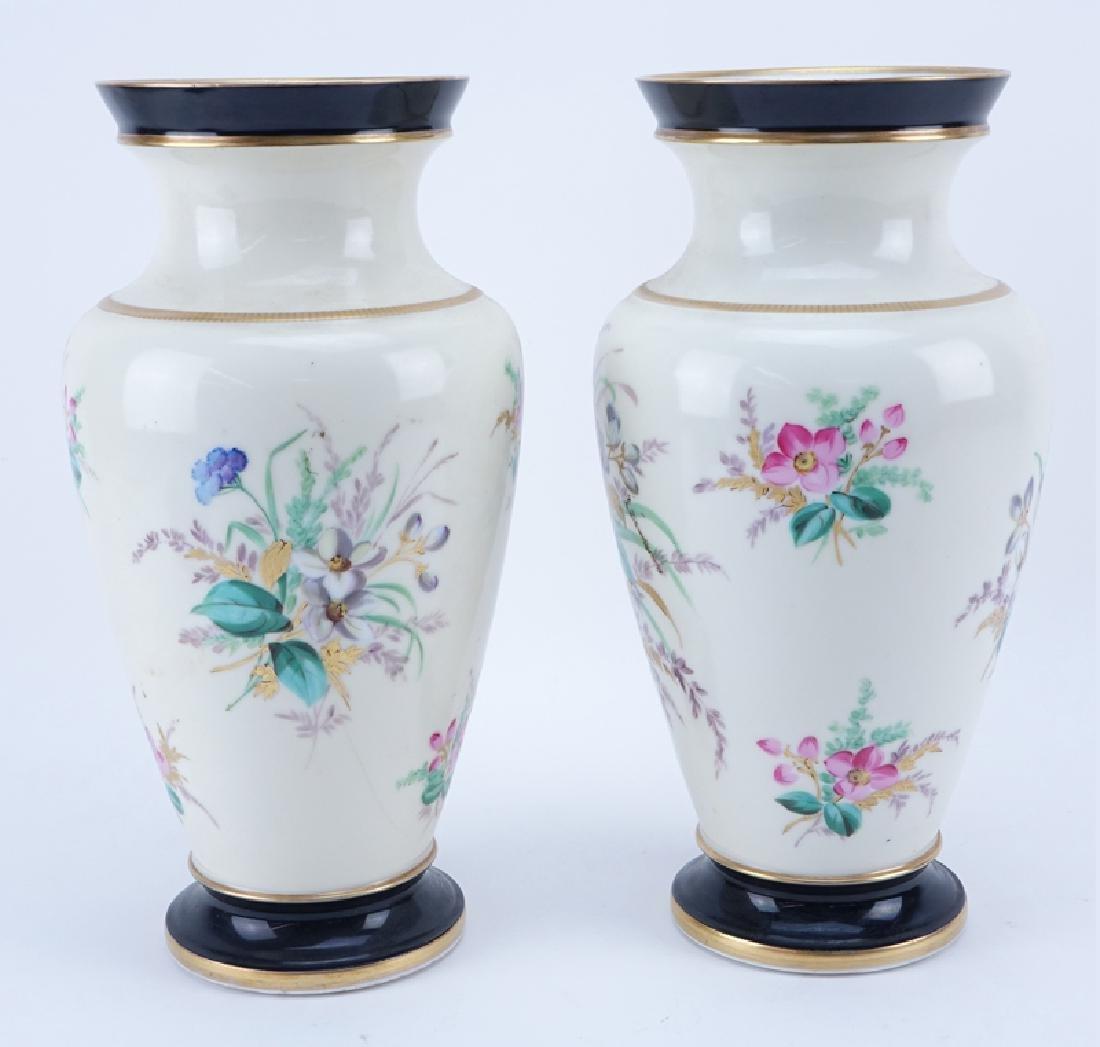 Pair of Vintage Old Paris Handpainted Porcelain Vases. - 3