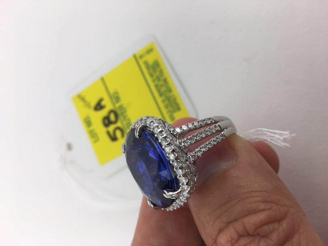 24.14 Carat Oval Cut Royal Blue Sapphire, 2.08 Carat - 4