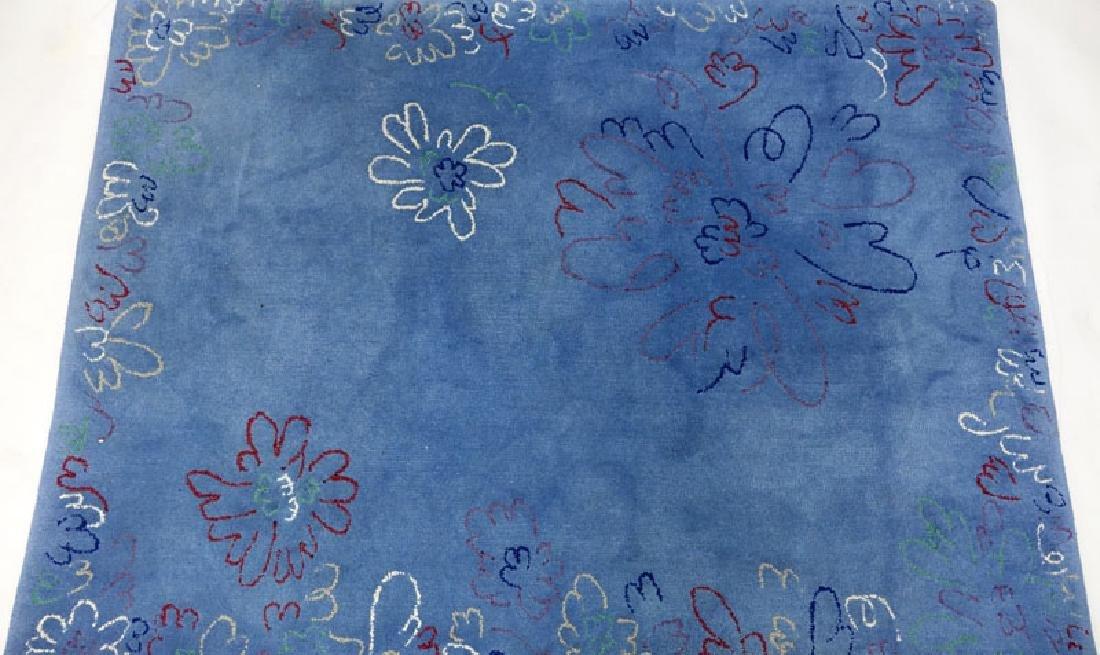 Edward Fields Colorful Floral Wool Rug. Signed en verso - 2