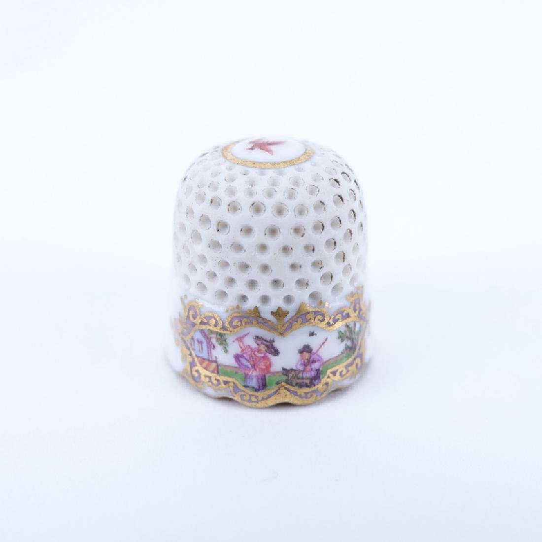 Mid 18th Century Meissen Porcelain Thimble. The upper