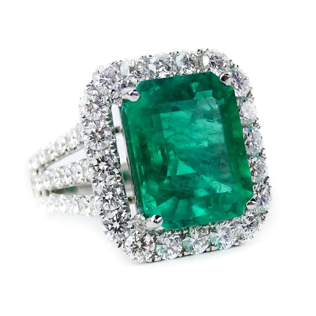 GIA Certified 7.20 Carat Colombian Emerald, 2.58 Carat