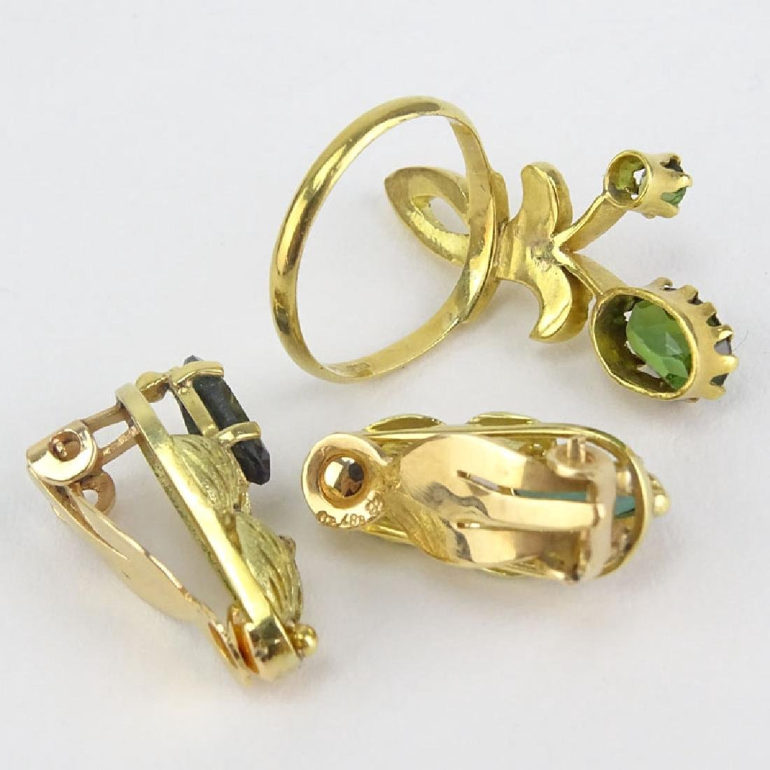 Vintage Green Tourmaline and 18 Karat Yellow Gold - 2