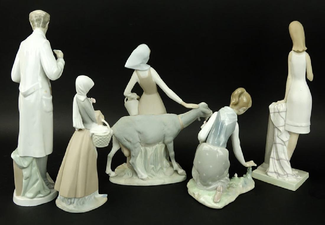 Collection of Five (5) Lladro Porcelain Figurines. - 2