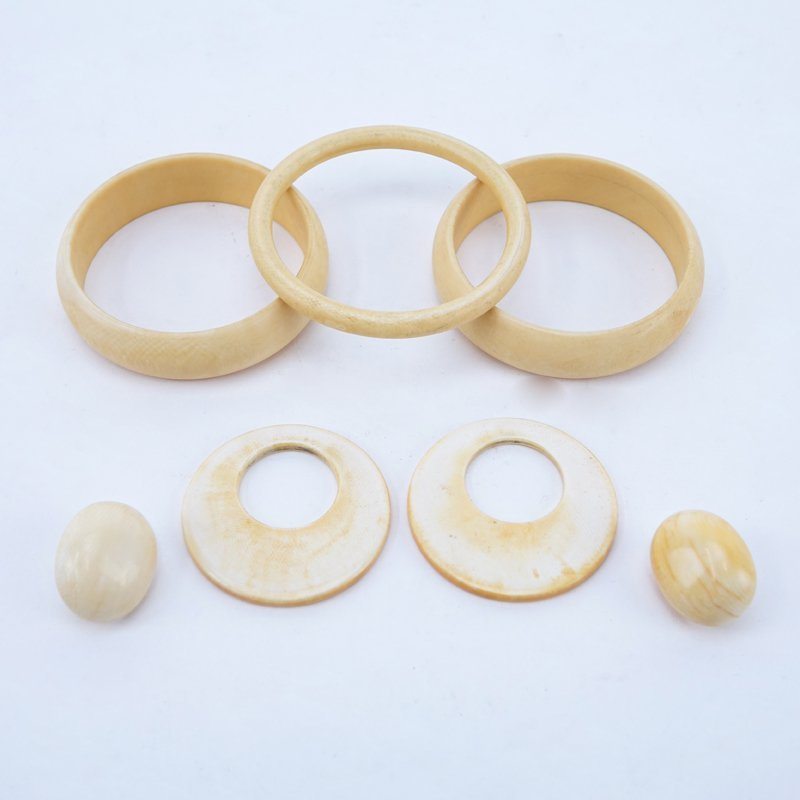 Lot of Five (5) Vintage Ivory Bracelets and Earrings.