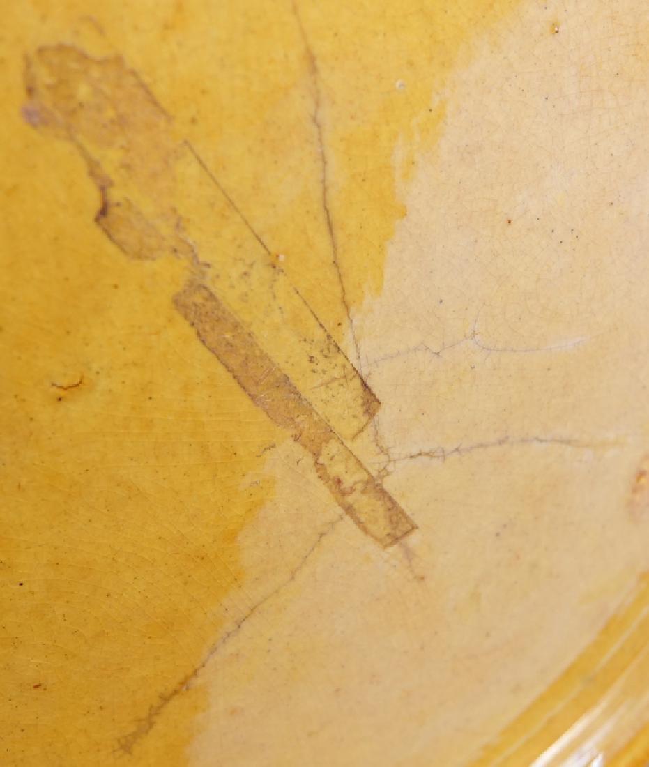 Large Chinese Yellow Glaze Porcelain Jardiniere on - 4