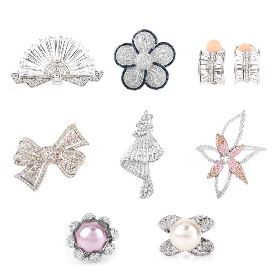 Eight (8) Pieces Vintage Costume Fashion Jewelry