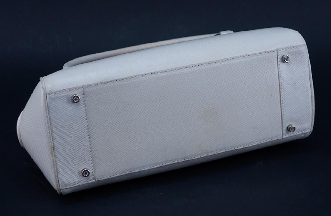 Judith Lieber White Snakeskin Handbag. Silver-tone - 3