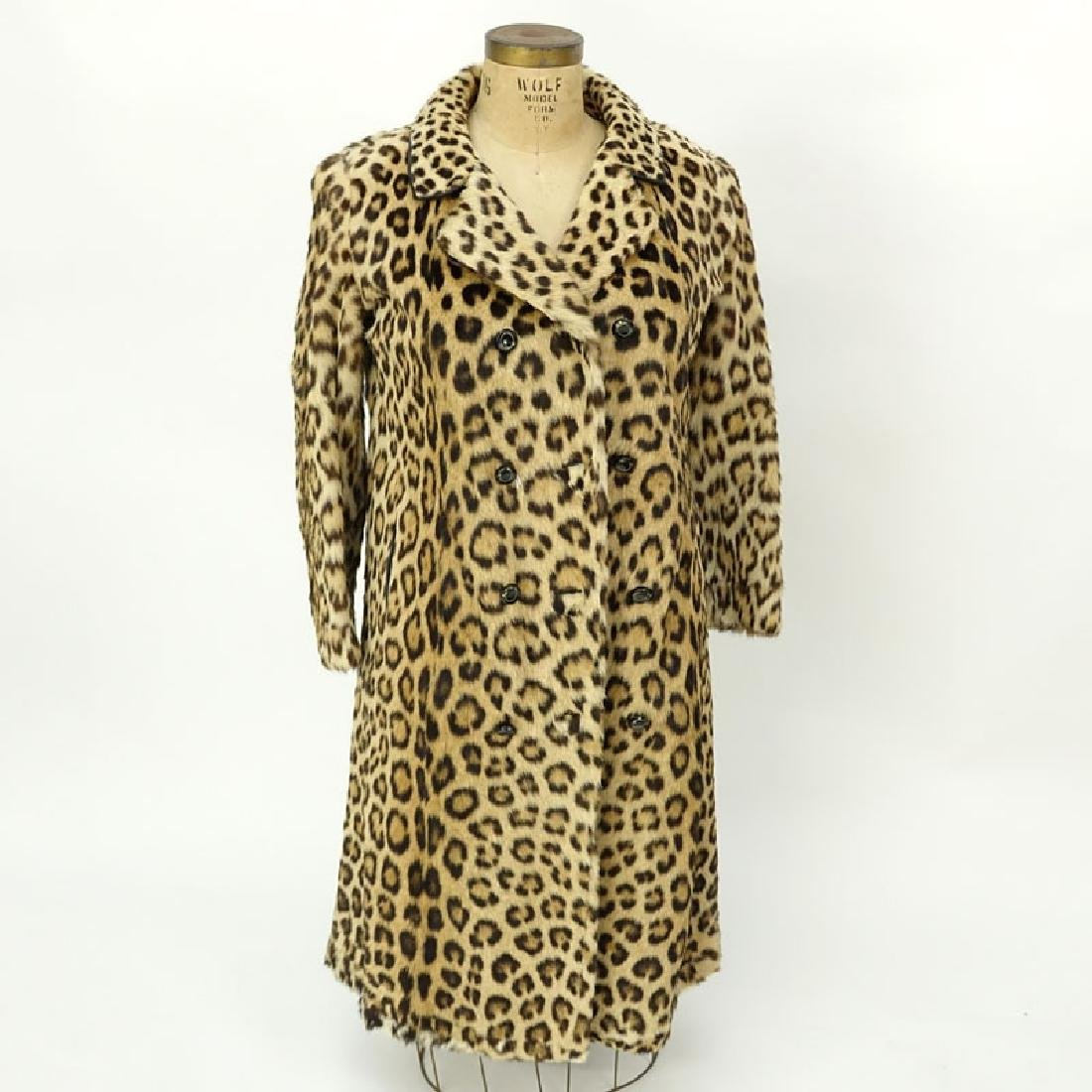 Vintage S. Schiffman Leopard Fur Coat. Fabric lining. - 2
