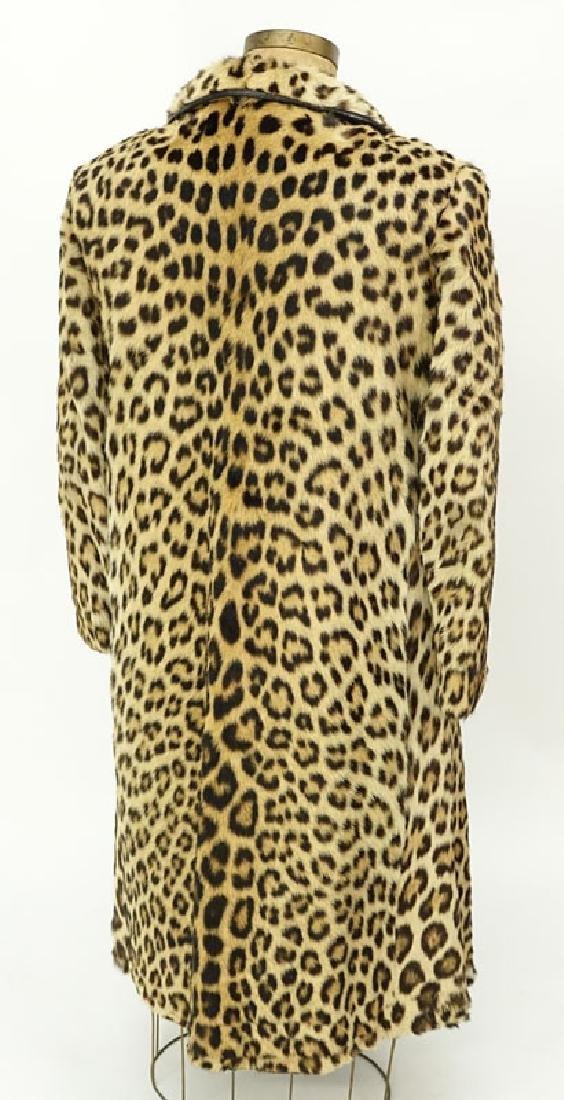 Vintage S. Schiffman Leopard Fur Coat. Fabric lining. - 3