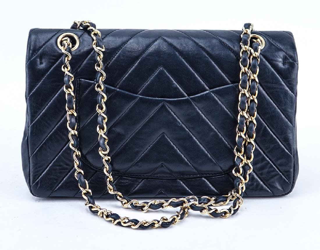 Chanel Black Quilted Chevron Motif Leather Double Flap - 2