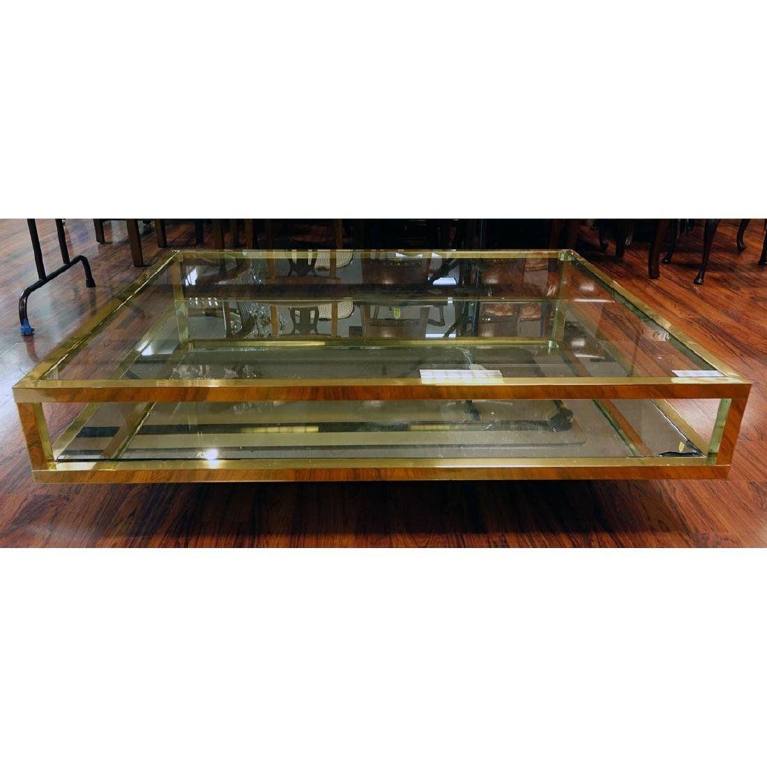 Mid Century Modern Mirrored and Glass Top Coffee Table. - 2