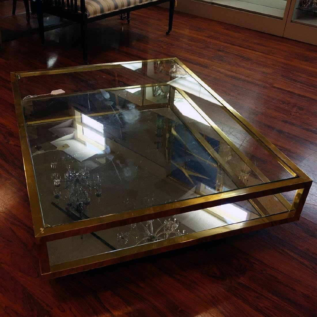 Mid Century Modern Mirrored and Glass Top Coffee Table. - 9