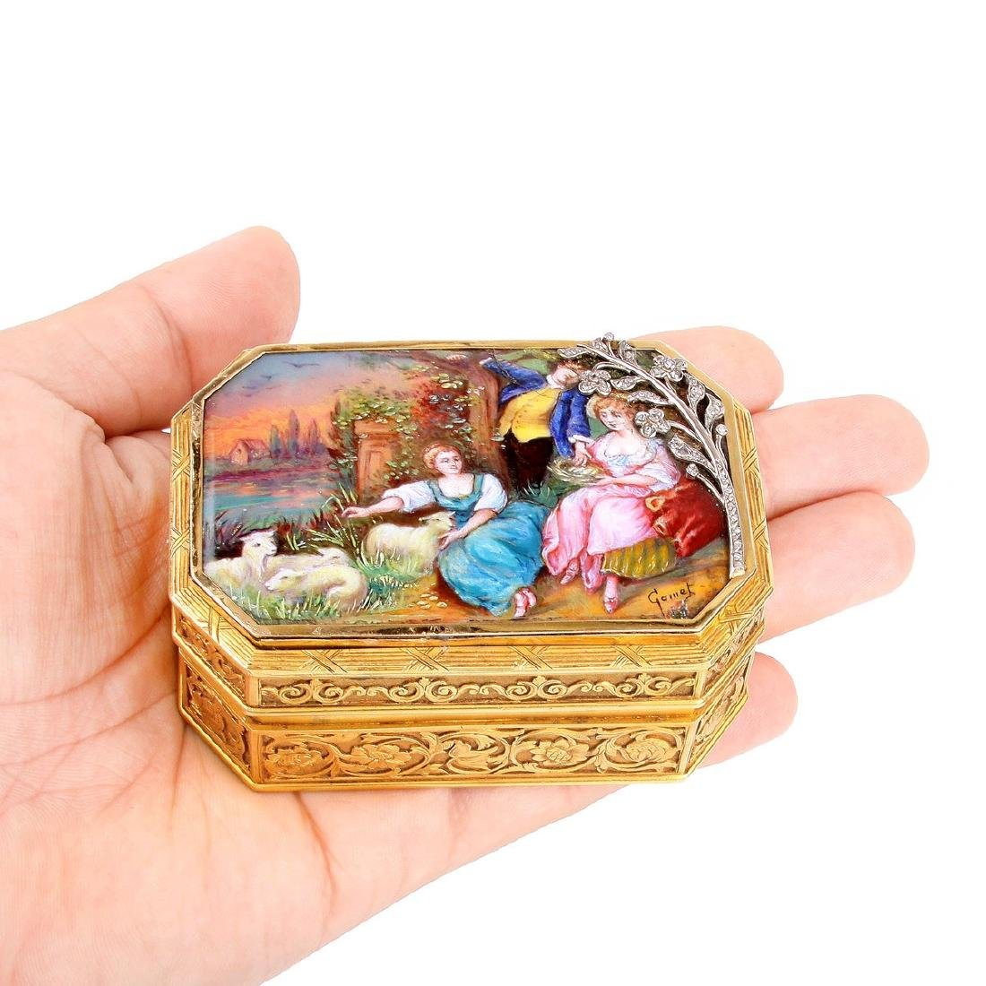 19th Century Continental Gold and Enamel Snuff Box - 7