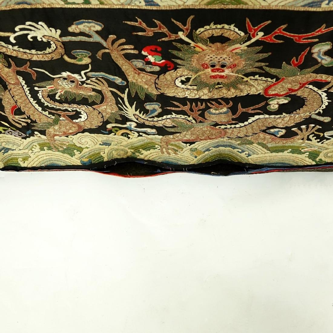 Fine Quality Antique Chinese Silk Embroidery - 5