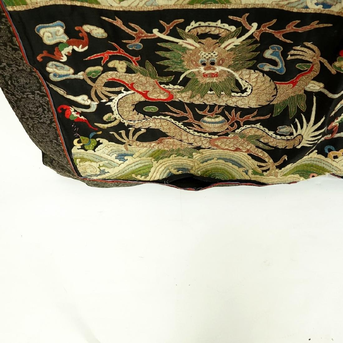 Fine Quality Antique Chinese Silk Embroidery - 6