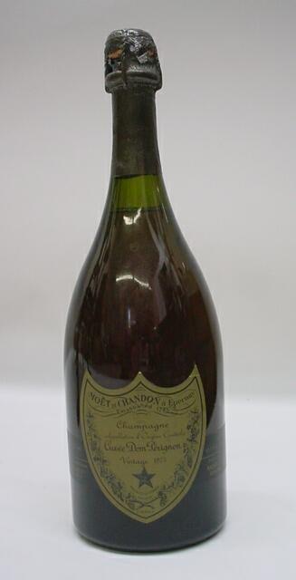 7: Dom Perignon Vintage 1973 Champagne 750 ML. Moet et