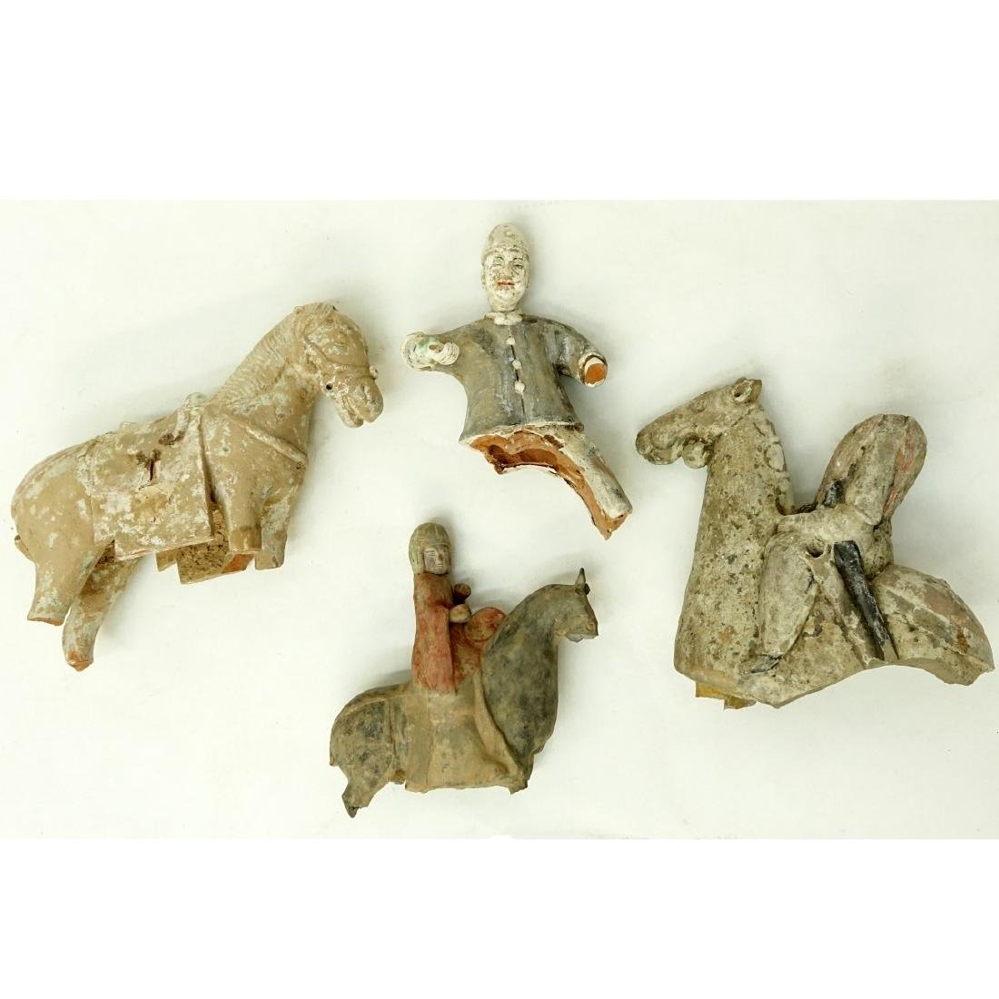 4 AS IS Early Chinese Pottery Tomb Figures