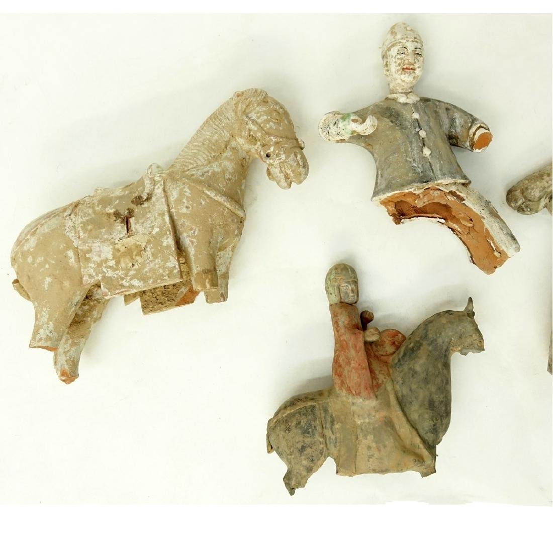 4 AS IS Early Chinese Pottery Tomb Figures - 3